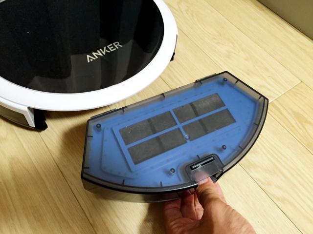 ロボット掃除機Anker RoboVac 10を購入して1ヶ月。めちゃくちゃ働いてくれるおかげで家の汚さにもショック大・・・