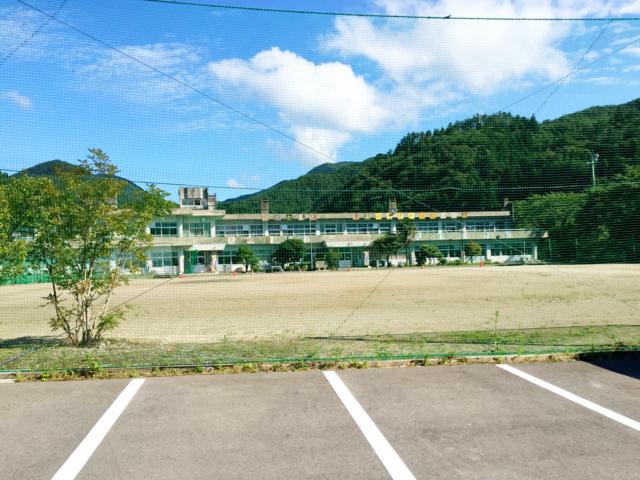 閉校した小学校を改築した陸前高田市の宿泊所「二又復興交流センター」に宿泊!【岩手の旅#1】