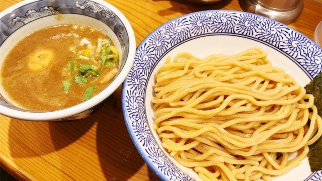渋谷「道玄坂マンモス」のドロッと系豚骨魚介スープのつけ麺を食す!!