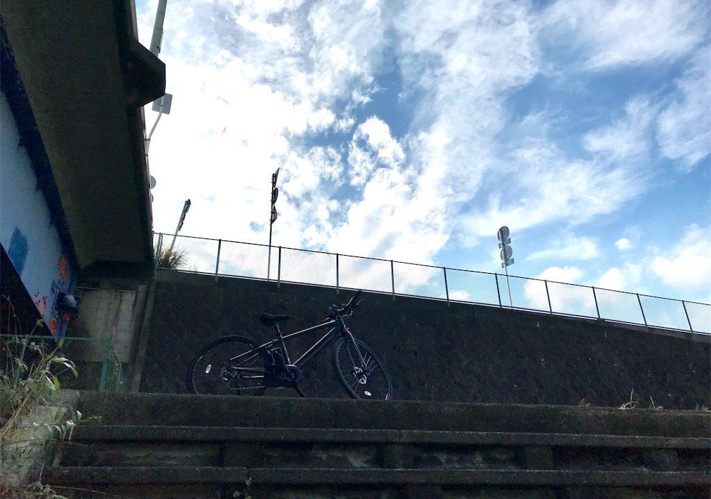 小田原・酒匂川サイクリングコースをジェッターで走る!秋の風の清々しさは別格