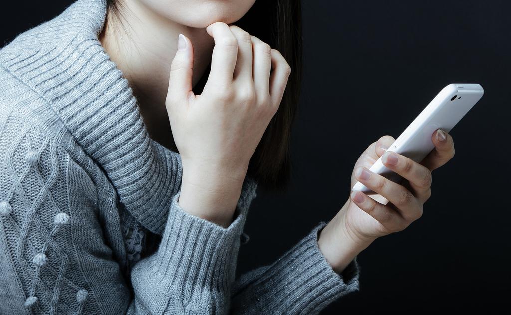 うわっ…私のモバイルデータ通信、使いすぎ…?と思ったら見直すiPhoneのSNSアプリ設定