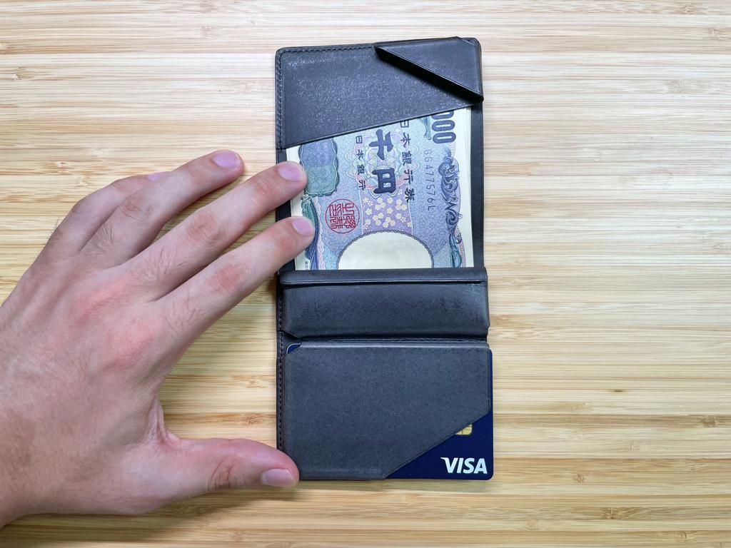 小さな薄い財布 Hitoe Fold Aria Foschia